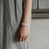 糸ブレスレット 06