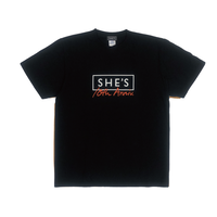 SHE'S 10th Anniversary Tシャツ(ブラック)