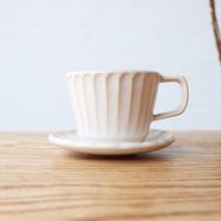 N▶400(エヌ・ヨンヒャク)  しのぎカップ&ソーサー ホワイト