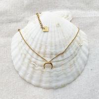 no.31 moon Hawaiian necklace