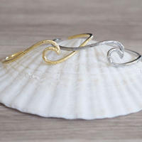 no.16 wave Hawaiian bangle