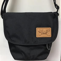 LEATHER PATCH MINI POUCH ミニポーチ BLACK