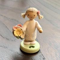 【フラーデ工房】花かごと女の子