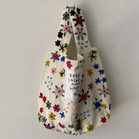 pot and tea 毛糸刺繍bag 白