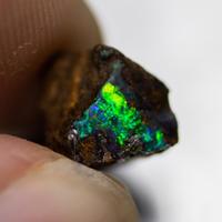 ボルダーオパール  原石 239223