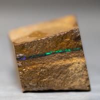 ボルダーオパール  原石 239139