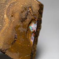 ボルダーオパール  原石 239112