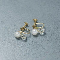 13030 / Pearl and Crystal Earring