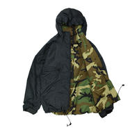 "USED ""ADVENTURE TECH INC."" GORE-TEX REVERSIBLE PARKA"