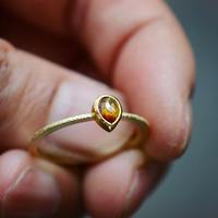秋色のナチュラル・ダイヤモンドの指環