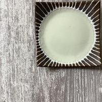 マカロンシリーズ 5寸正方皿 クリーム 3
