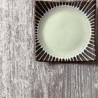 マカロンシリーズ 5寸正方皿 クリーム 2