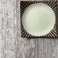 マカロンシリーズ 5寸正方皿 クリーム 4
