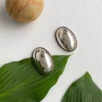 Gold Bordered  Oval Earring