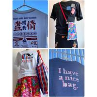 【香港☆bossini】<Famale>懐舊文化系列☆印花半袖Tシャツ4種類 / 盡情購物・懐舊信箱・紅白藍貓・紅白藍袋