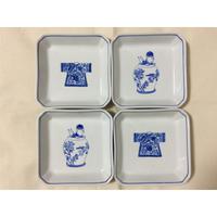 【香港☆粵東磁廠】(手書き)TINTIN・宮廷服柄の角皿  /2種類 Yuet Tung China Works