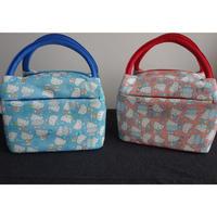 🉐【香港☆HELLO KITTY】Insulated Lunch Box  /  キュートな保冷・保温バッグ(2色)