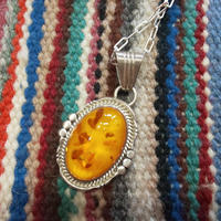 NAVAJO 『AMBER(琥珀) NECKLACE』