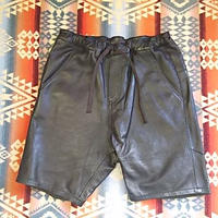 Nasngwam. 『ASSIST LEATHER SHORTS』