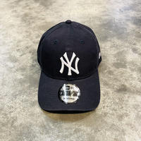 USA企画 9TWENTY クロスストラップ ウォッシュドコットン ニューヨーク・ヤンキース
