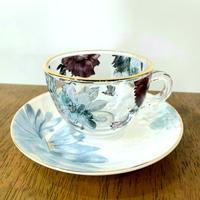 【エレガントなのにかわいい🖤】ブロッサムガラスカップ&ソーサー【バラの香りのハーブティーを飲みたい♪】