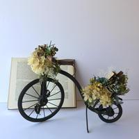 贈り物を届ける自転車オブジェ [E]