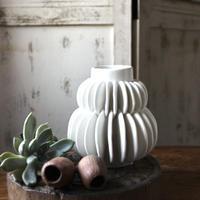 ≪blmv-sv-wh 1≫ Bloomingville  stone  vase white 1