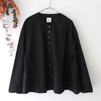 Gauze# ガーゼ | サイドギャザーテントラインシャツ | ブラック