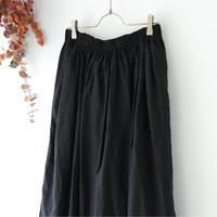 Veritecoeur ヴェリテクール | シャーリングスカート | ブラック