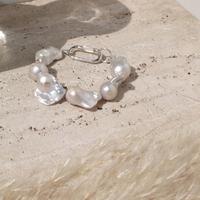 Rustic large pearl bracelet