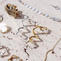 Bogen pearl pierce (Single)