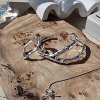 Asymmetry metal bangle (one color)