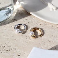Horn pearl round ring