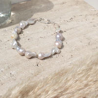 Rustic large pearl necklace