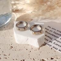 Socket ring