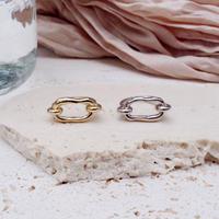 Bit motif oval ring