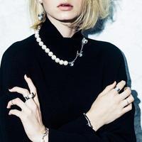Calla lily pearl necklace