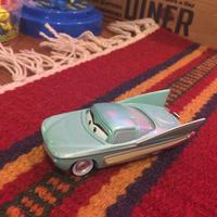Disney Pixar Cars ディズニーピクサーマテルカーズ フロー