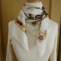 turc1   繊維の宝庫トルコのふわっと軽いコットンスカーフ(ホワイト)M