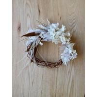 シダーファーンと紫陽花のホワイトリース