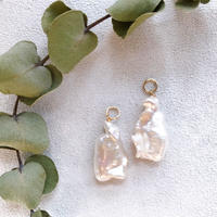 14KGF Creamy Pearl Charms