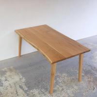 D138 クルミ材耳つきテーブル