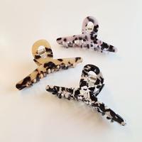 hair  clip (animal)