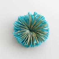 HIKARI 小粒ブローチ / turquoise blue