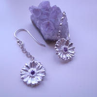 ガーベラピアス、 ガーベラフックピアス、Gerbera dangle earrings, Flower earrings, African Daisy, sterling silver