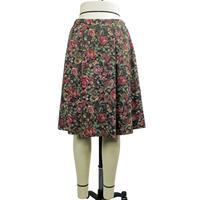 ゴブラン織柄 ローウエストソフトプリーツスカート (紺) D33N