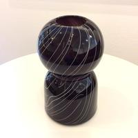 宮本崇輝 ガラス作品「ラフなラインの花瓶・ブラック」