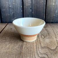 ご飯茶碗(大 口径約12.5cm・高さ約7.3cm)白・下焼き締め (09)