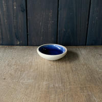 深皿(3.5寸/約10.5cm)呉須・外焼締め (05)
