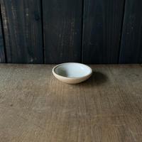 深皿(3.5寸/約10.5cm)白・外焼締め (05)